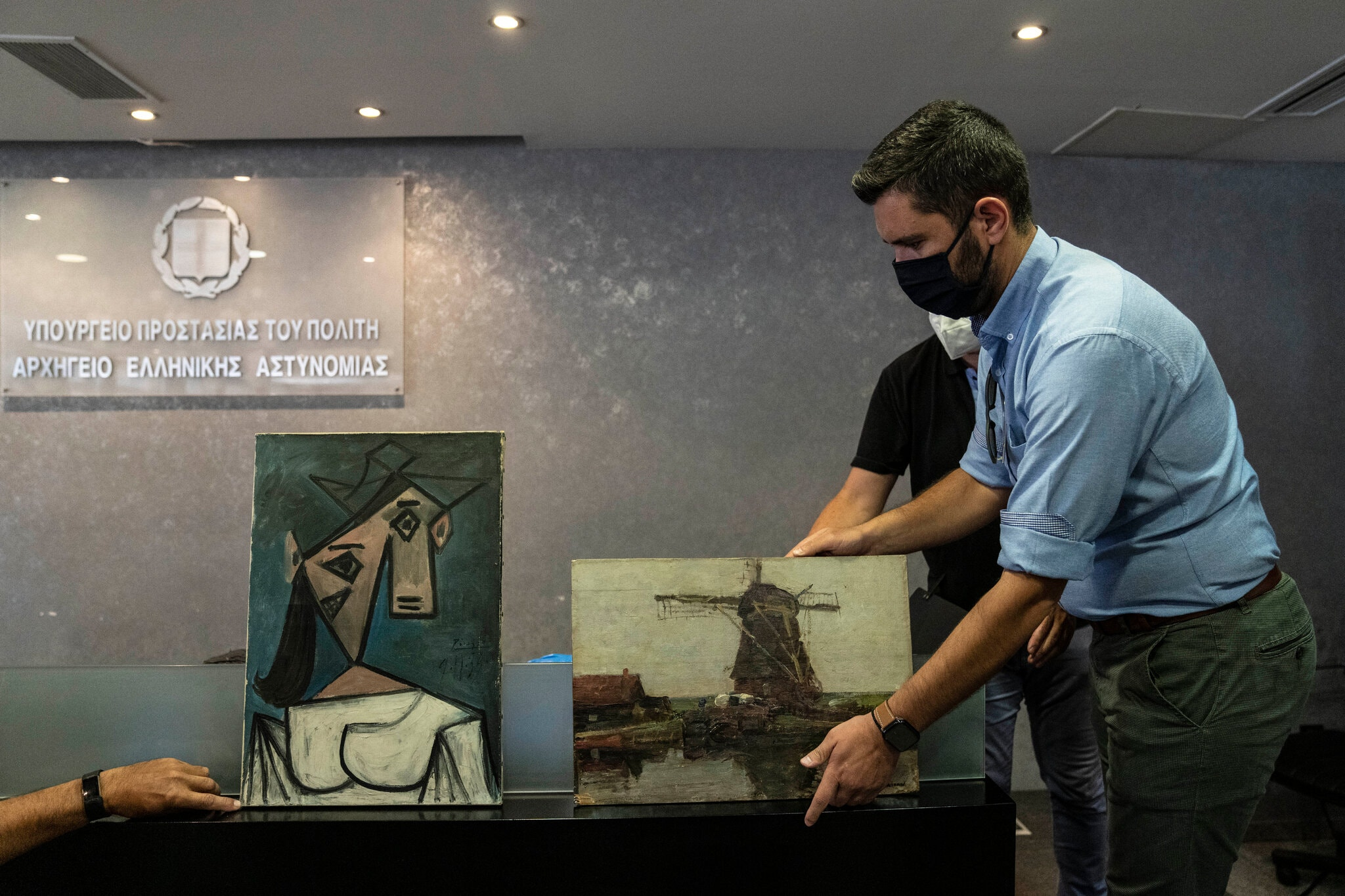 Stolen Picasso and Mondrian Paintings Found Stashed in a Ravine in Greece